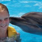 Aventura Tripla programa nado golfinhos em Riviera Maya Mexico - beijo.