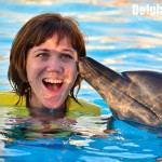 ¡Un mágico beso del delfín!