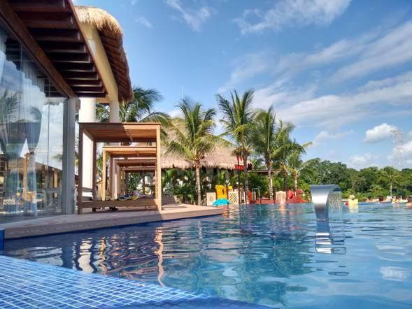 MICE tourism in the Riviera Maya.