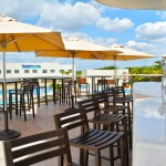 The Sundeck Lounge Dolphinaris Cancun bar with premium beverages.