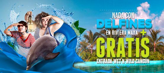Nada con delfines en Riviera Maya Park, a 25 minutos de Playa Del Carmen, con entrada a Wet'n Wild Cancun gratis.