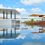 The Sundeck Lounge Dolphinaris Cancun - Infinity pool.