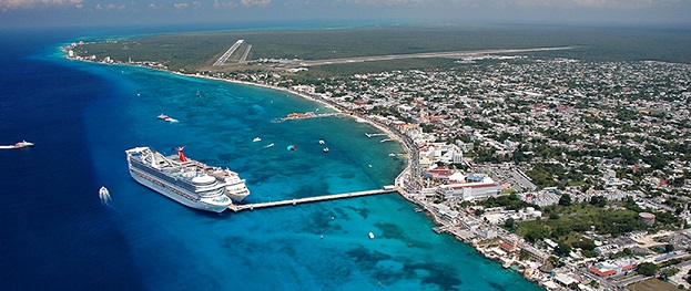 cozumel island with cruise ships