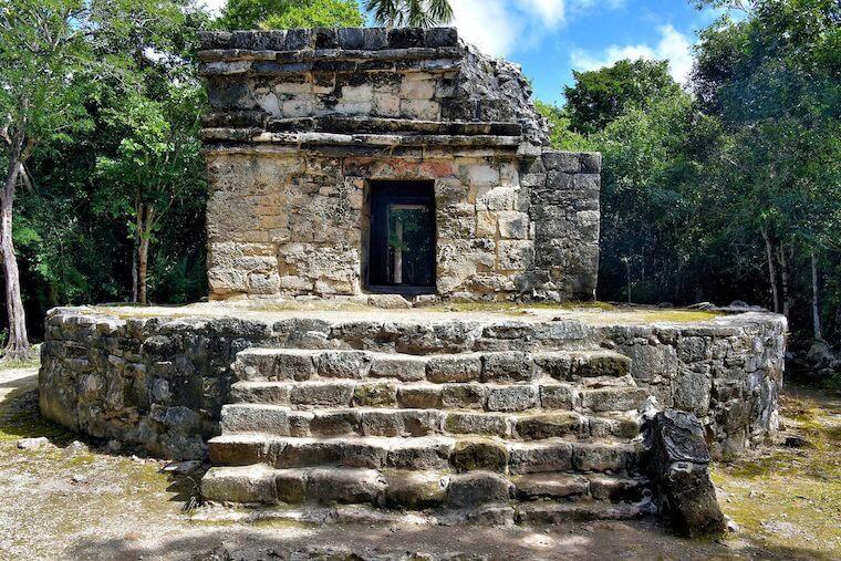 ruins on cozumel