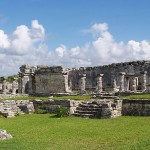 Combo tour Tulum & Swim with dolphins - Tulum House of the columns.